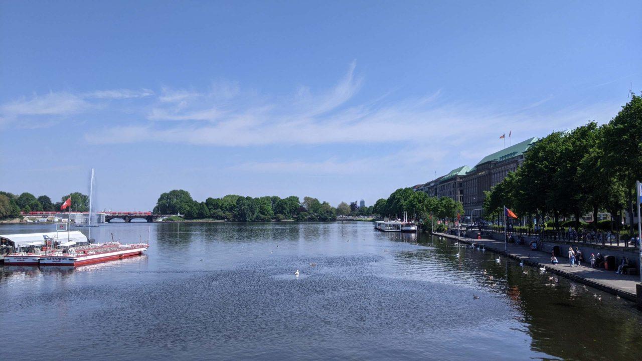 ドイツのハンブルク湖